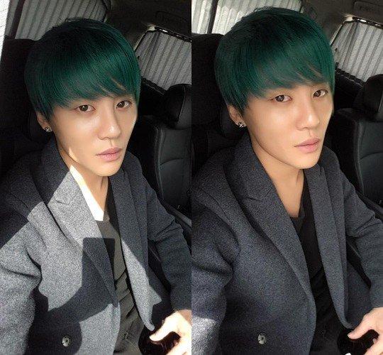 Junsu-green-hair